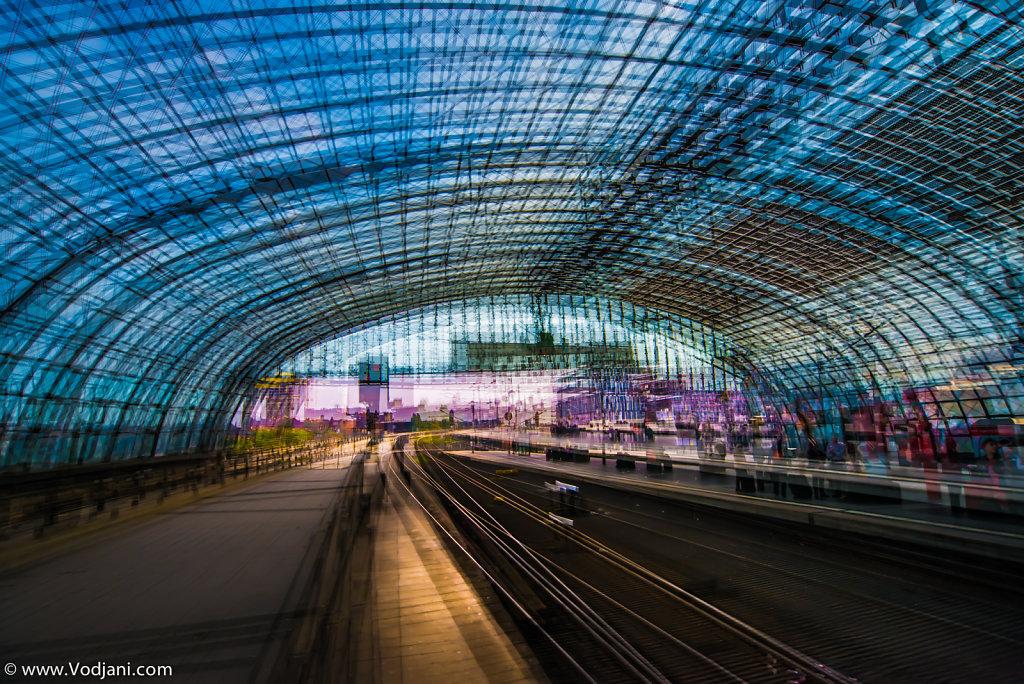 Berliner Bahnhif - II