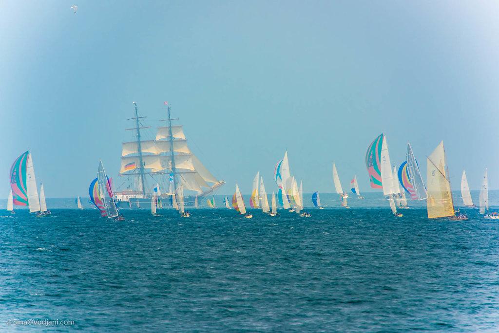 Sailing Colors