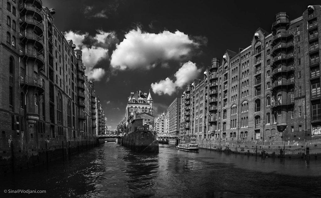 Hamburg B&W